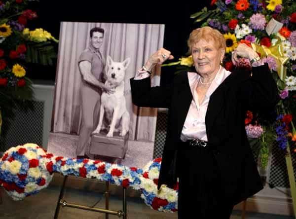 Unique Funeral Flower Arrangements Next Gen Memorials