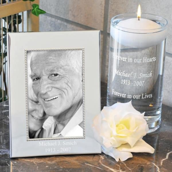 Personalized memorial pricture frame and candle